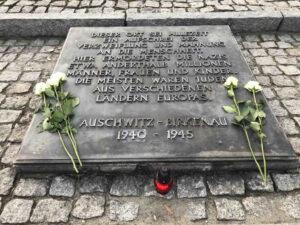 Auschwitz-Birkenau Gedenktafel