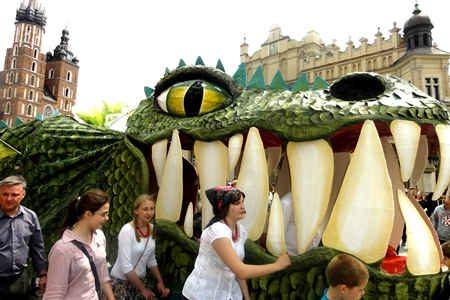 Drachenparade in Krakau